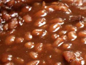 Delicious Smoky Baked Beans Up Close and Personal!