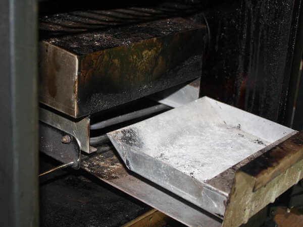 Masterbuilt Electric Smoker Wood Chip Tray