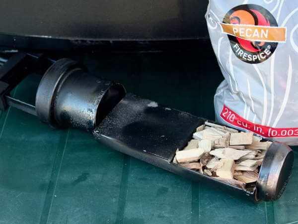 The Masterbuilt Smoker Woodchip Insert