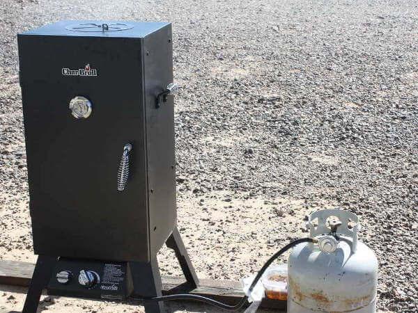 Char Broil Smoker In Quartzsite Desert