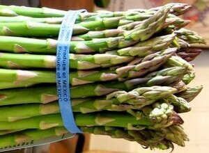 When Buying Asparagus, Look For Spears That Show No Signs Of Drying or Wilting