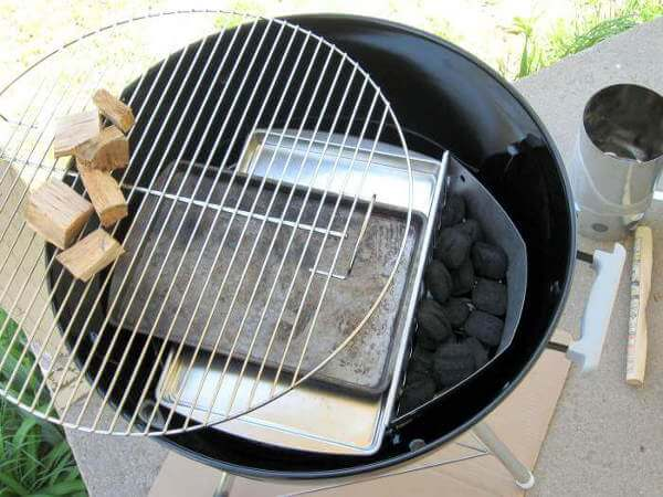 Weber Charcoal Grill Smoking, The Kettle Set Up For Cooking with Smoke